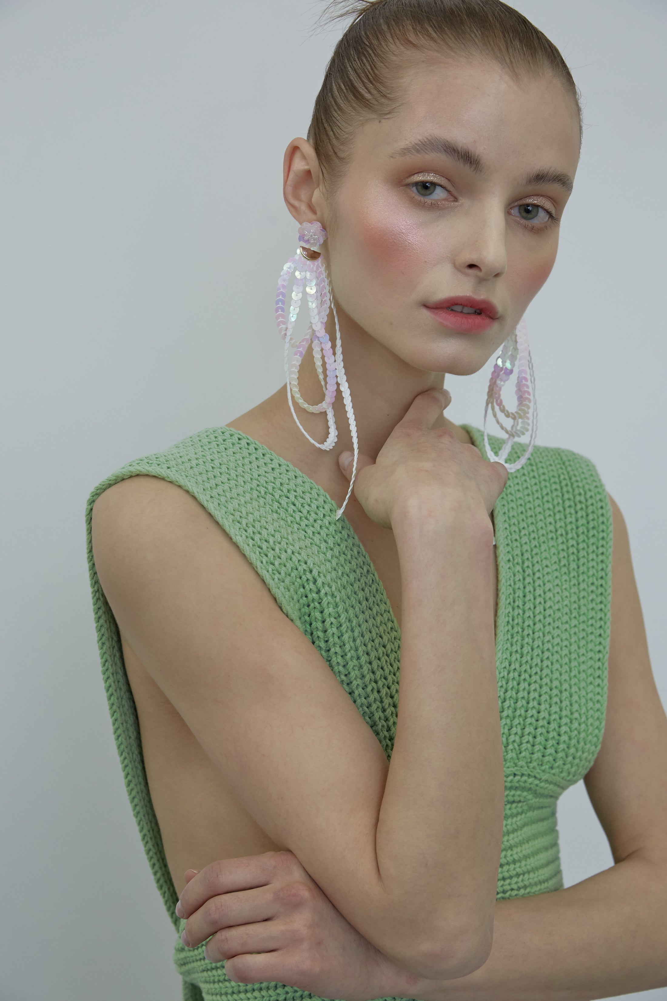 CYRILLA EARRING WHITE