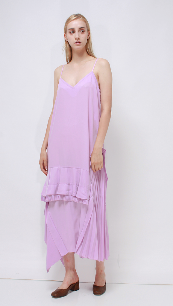 Lesha Dress, a lightweight dress in Pink
