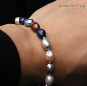 Stunning Freshwater Cultured Pearls Bracelet - AnnaJewelBox