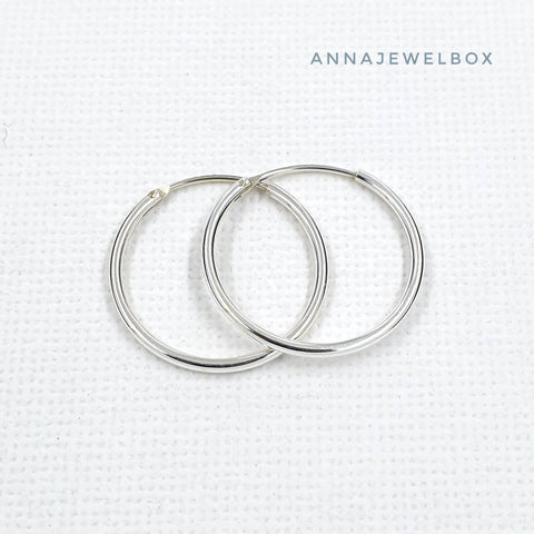 Image of 925 Sterling Silver Hoop Earrings Small Medium Large - AnnaJewelBox