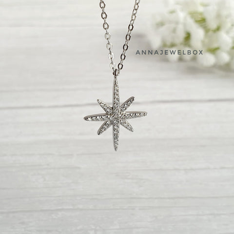 Image of 925 Sterling Silver Diamante Star Necklace - AnnaJewelBox