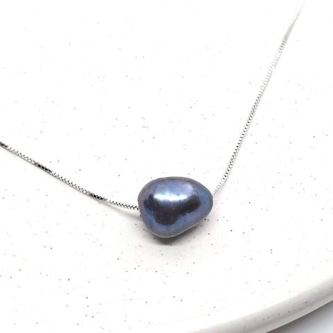 925 Sterling Silver Black Freshwater Pearl Necklace - AnnaJewelBox