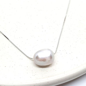 925 Sterling Silver Grey Freshwater Pearl Necklace - AnnaJewelBox