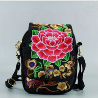 Retro Vintage Embroidery Boho Tote Messenger National Style Ethnic Shoulder Bag Tassel Tote Messenger Bag