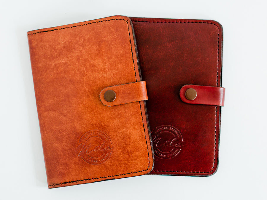 Nila Passport Holder