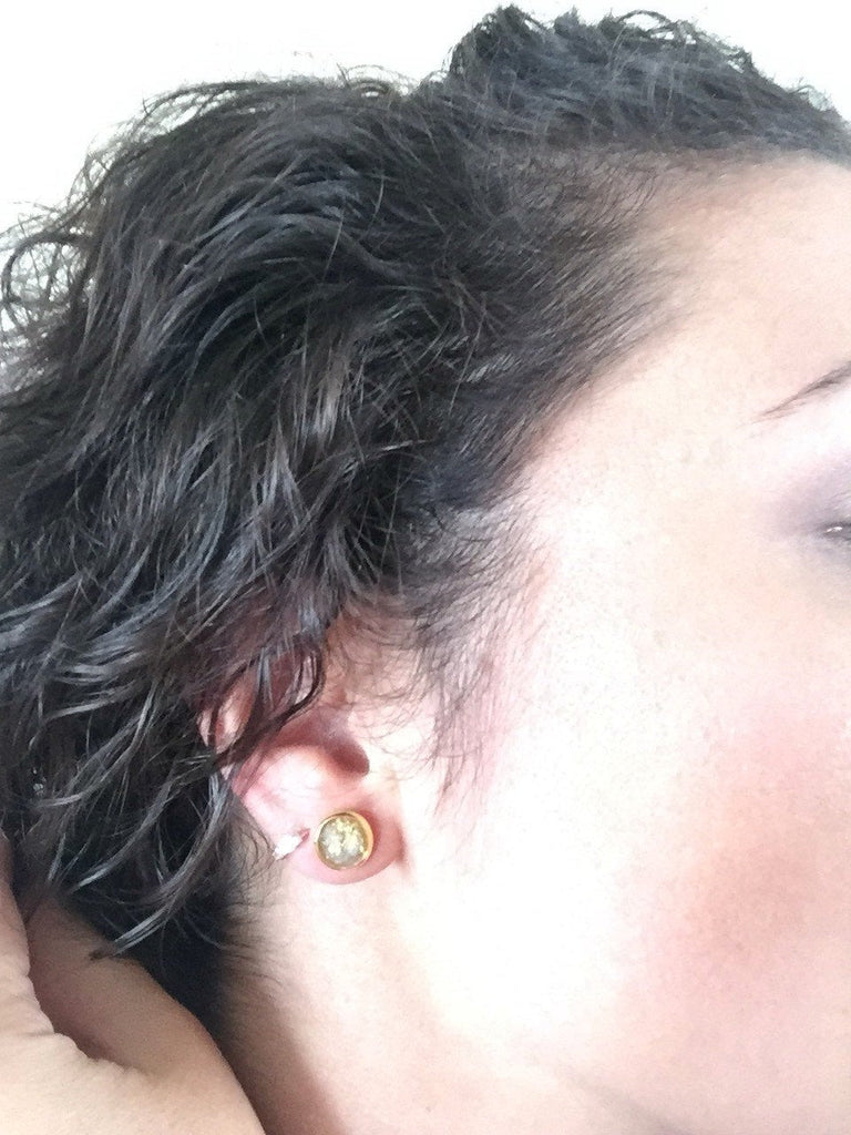 Small Gold Leaf Stud Earrings