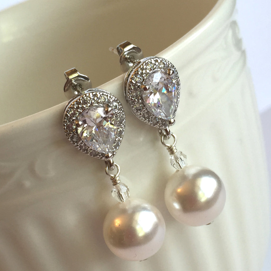The Mary Pearl Earrings
