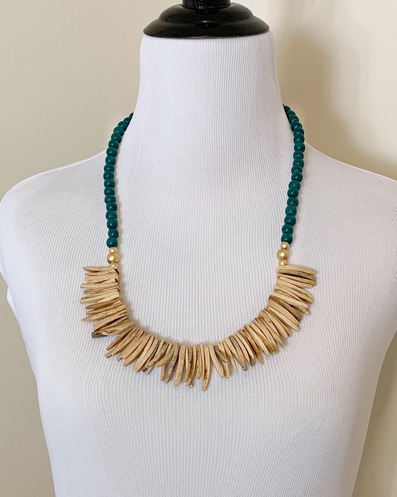 Hunter Green and Wood Long Necklace