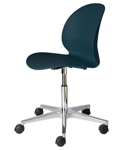N02 Recycled Chair 5 Star Swivel Base