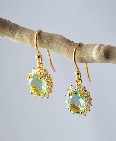 Stone from royal earrings