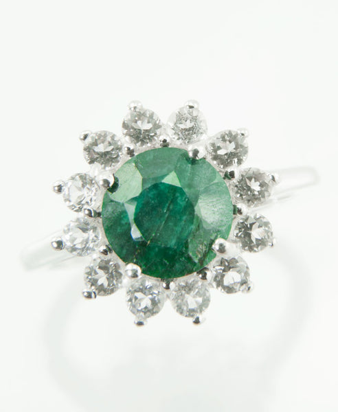 Emerald star ring