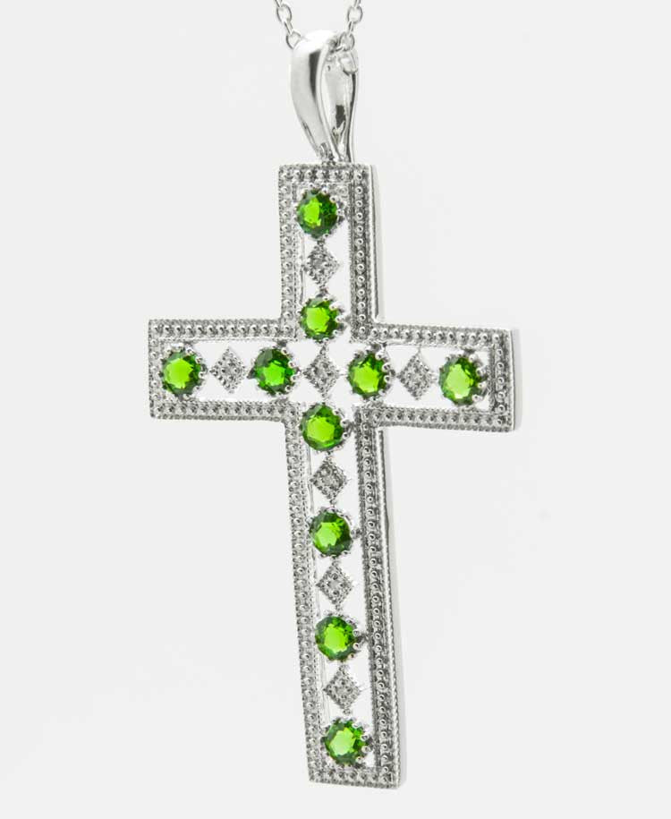 Cross Diopside pendant