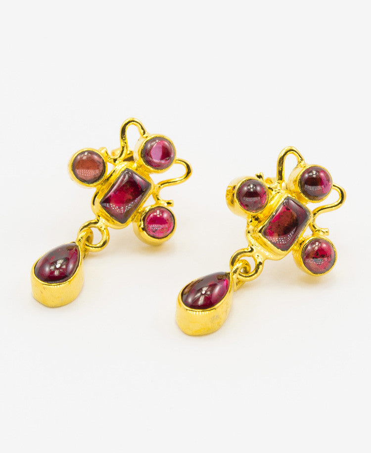 Virtuoso garnet earrings