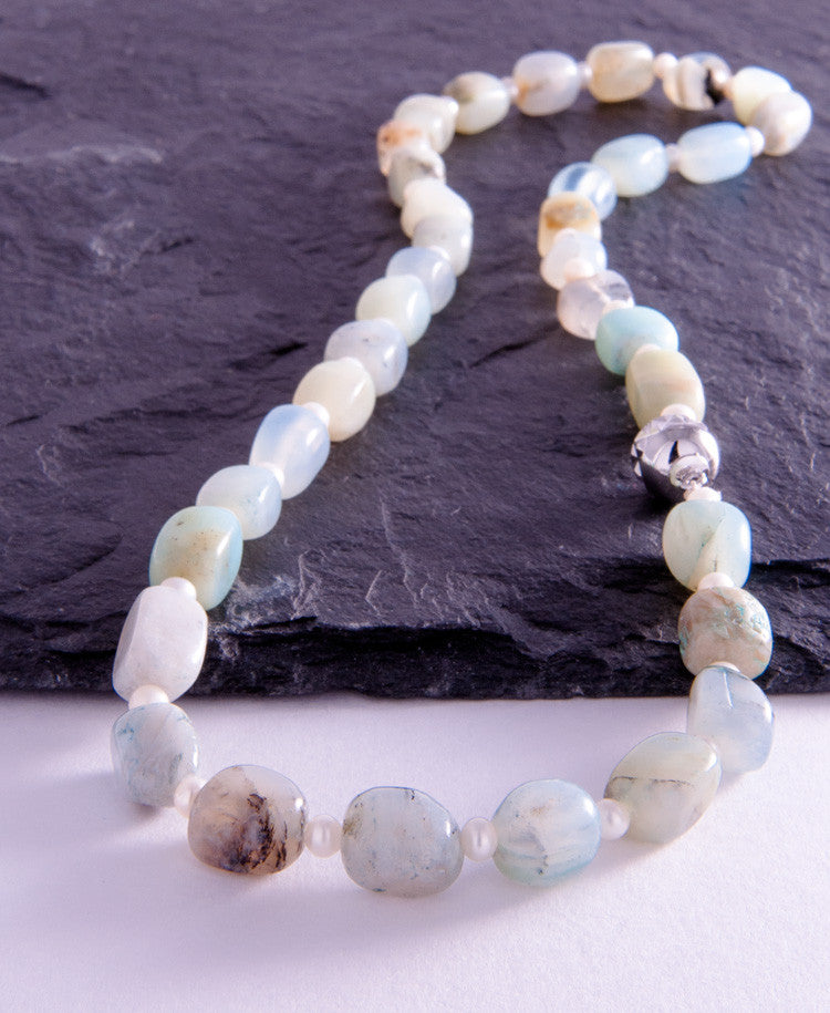 Opal appeal necklace