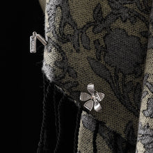 Load image into Gallery viewer, EMIL MODEL Shawl & Shawl Pin NieR Gestalt/Replicant