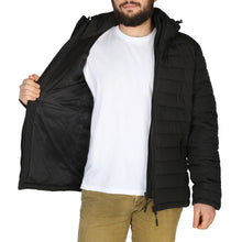 Load image into Gallery viewer, Superdry - M5010201A