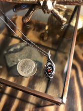 Load image into Gallery viewer, Mini Wire Pendant