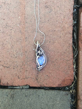 Load image into Gallery viewer, Mini Opal Pendant