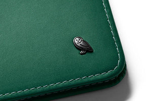 Bellroy Hide & Seek-racing green - WATERKANT Store  |  Ottensen-Hamburg Ottensen Altona