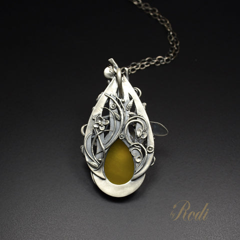 Be Free - Fine Silver Bee Pendant With Mango Chalcedony-Pendant-Sky And Beyond Jewelry By Rodi
