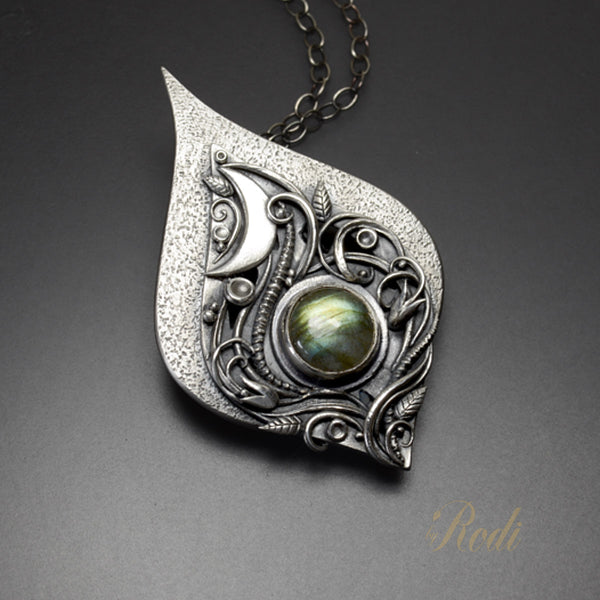 Crescere – Fine Silver Celtic Moon Pendant Necklace With Labradorite-Pendant-Sky And Beyond Jewelry By Rodi