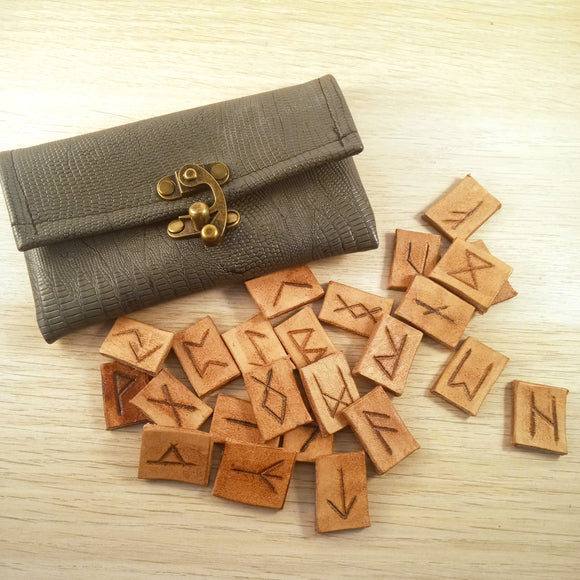 Leather Pocket Rune Set in Grey Pouch