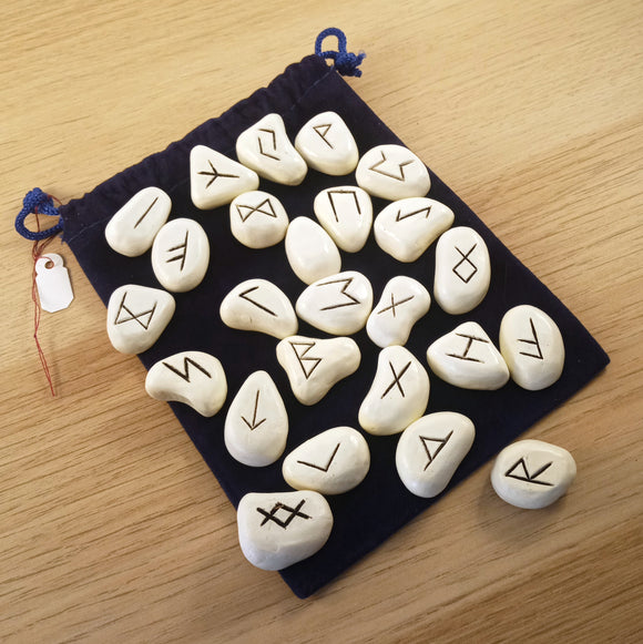 Ceramic Rune Set in Blue Velvet Pouch