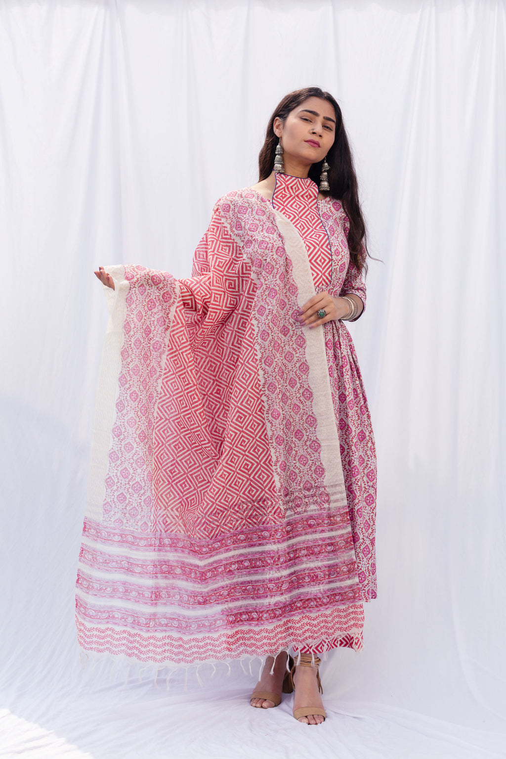 Gulabi Aayat Suit Set