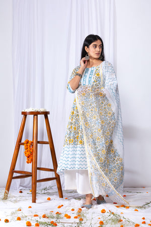 Lamba Border Suit Set