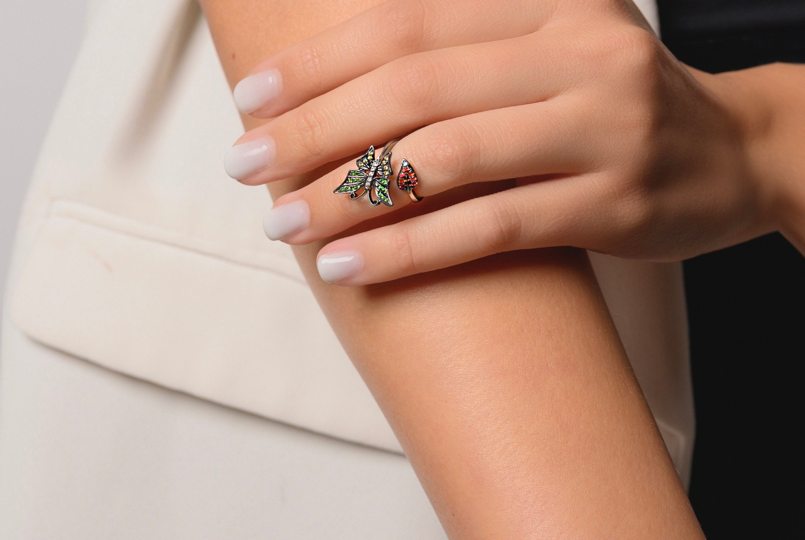 Gold & Diamonds Butterfly Midi Ring