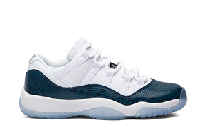 AIR JORDAN 11 RETRO LOW LE GS SNAKESKIN [CD6847 102]