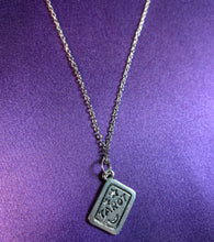 Load image into Gallery viewer, Lucky Tarot Necklace