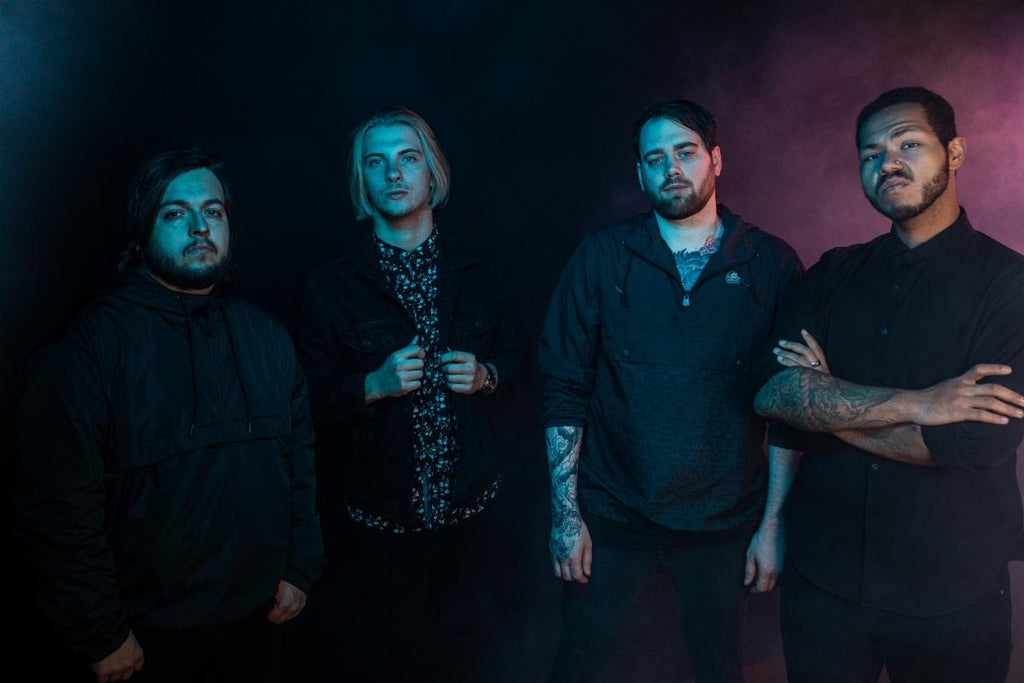 "HOLLOW FRONT Team Up With Fit For A King's RYAN KIRBY For ""FALLING APART"""