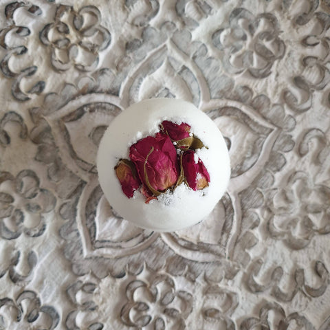 Rose Secret Bath Bomb (110 g)