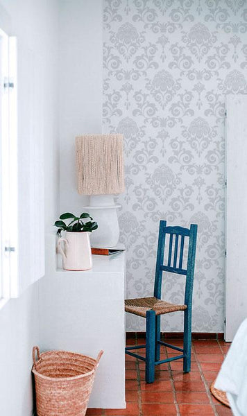 accent wallpaper and wall mural