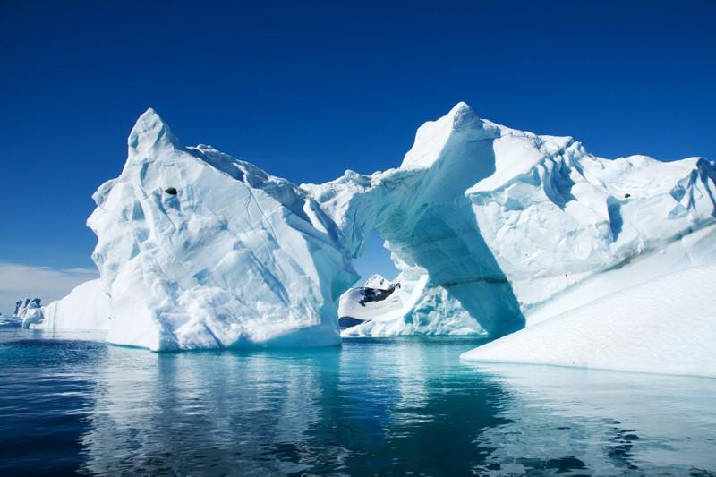 Iceberg in Antarctica Wall Mural-Landscapes & Nature-Eazywallz