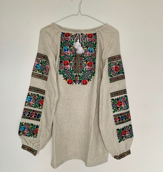 Floral Design Embroidered Blouse