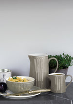 Greengate-Krug-Jug-Alice-Warm-Grey