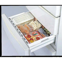 Load image into Gallery viewer, IWASAKI INDUSTRY Fellows Ice Tray with Lid S 21 Pc K-284 WL