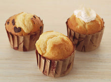Load image into Gallery viewer, KAI HOUSE SELECT Baking Tools Paper Muffin Cupcake Cups Mould White 5 Pcs Included