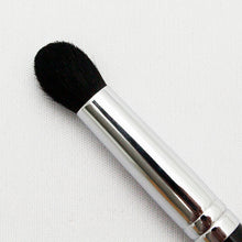 Load image into Gallery viewer, KUMANO BRUSH Make-up Brushes  SR-Series Eye Shadow Brush Dome-type Horse Hair