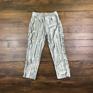 SILVER PLEATED VELOUR LEGGINGS
