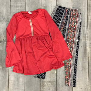 LAYLA TUNIC AND BROOKLYN LEGGING