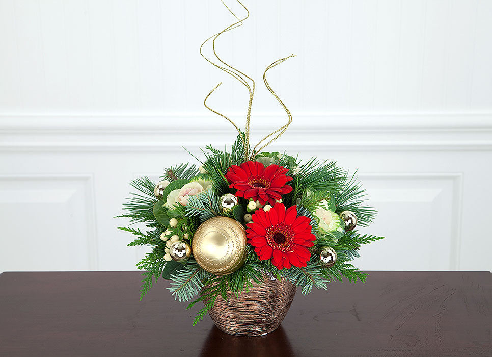 Christmas Gold Flower Arrangement