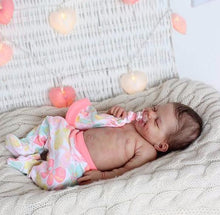 "Load image into Gallery viewer, 20"" Teresa Truly Reborn Baby Doll Girl with Coos and ""Heartbeat"""