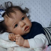 Load image into Gallery viewer, 22'' Little Valerie Reborn Baby Doll Girl