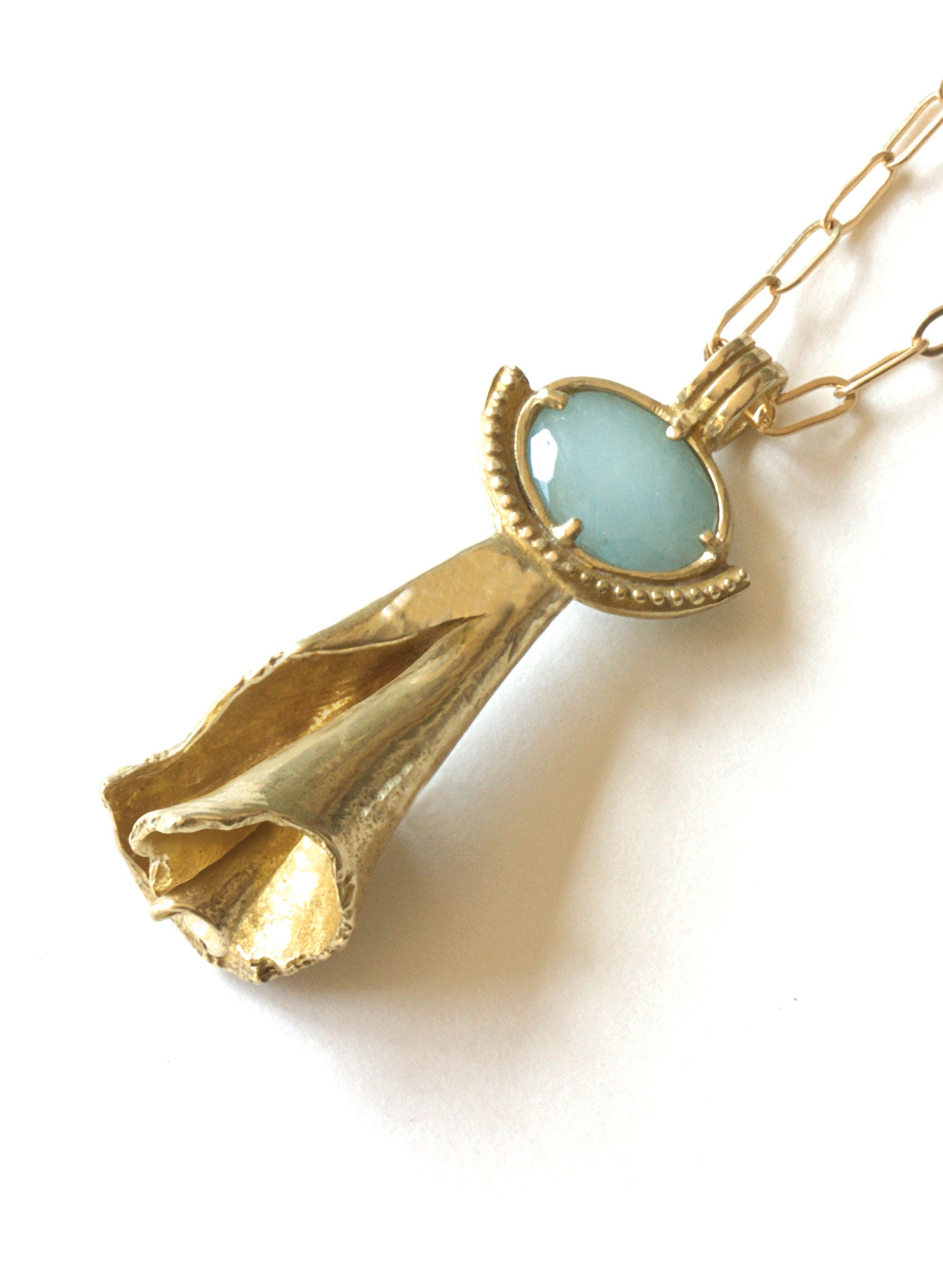 summer shell aquamarine necklace
