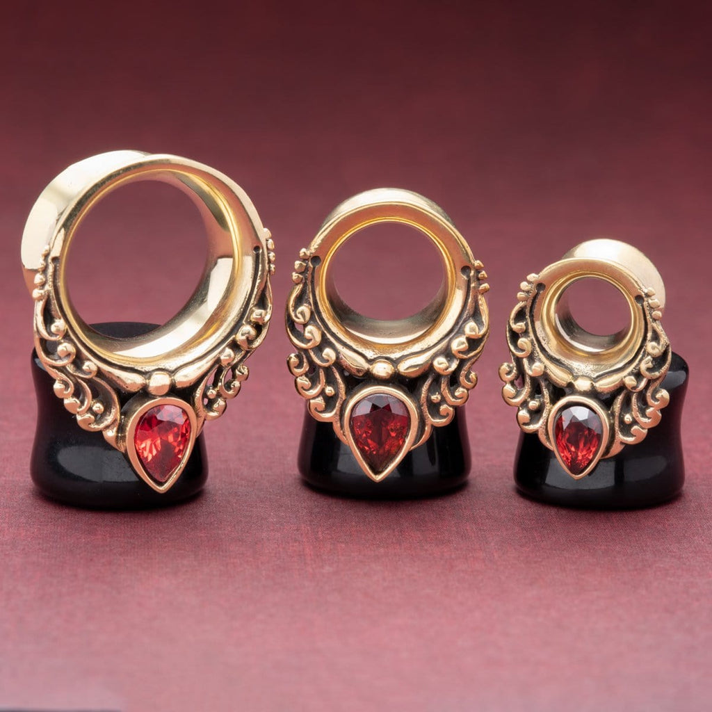 Brass Tunnels with Garnet