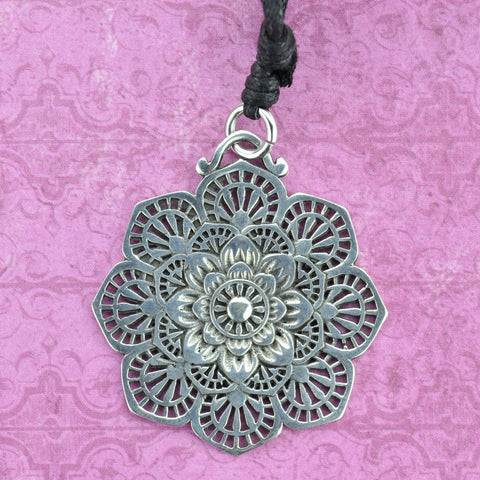 Flower Mandala White Brass Necklace