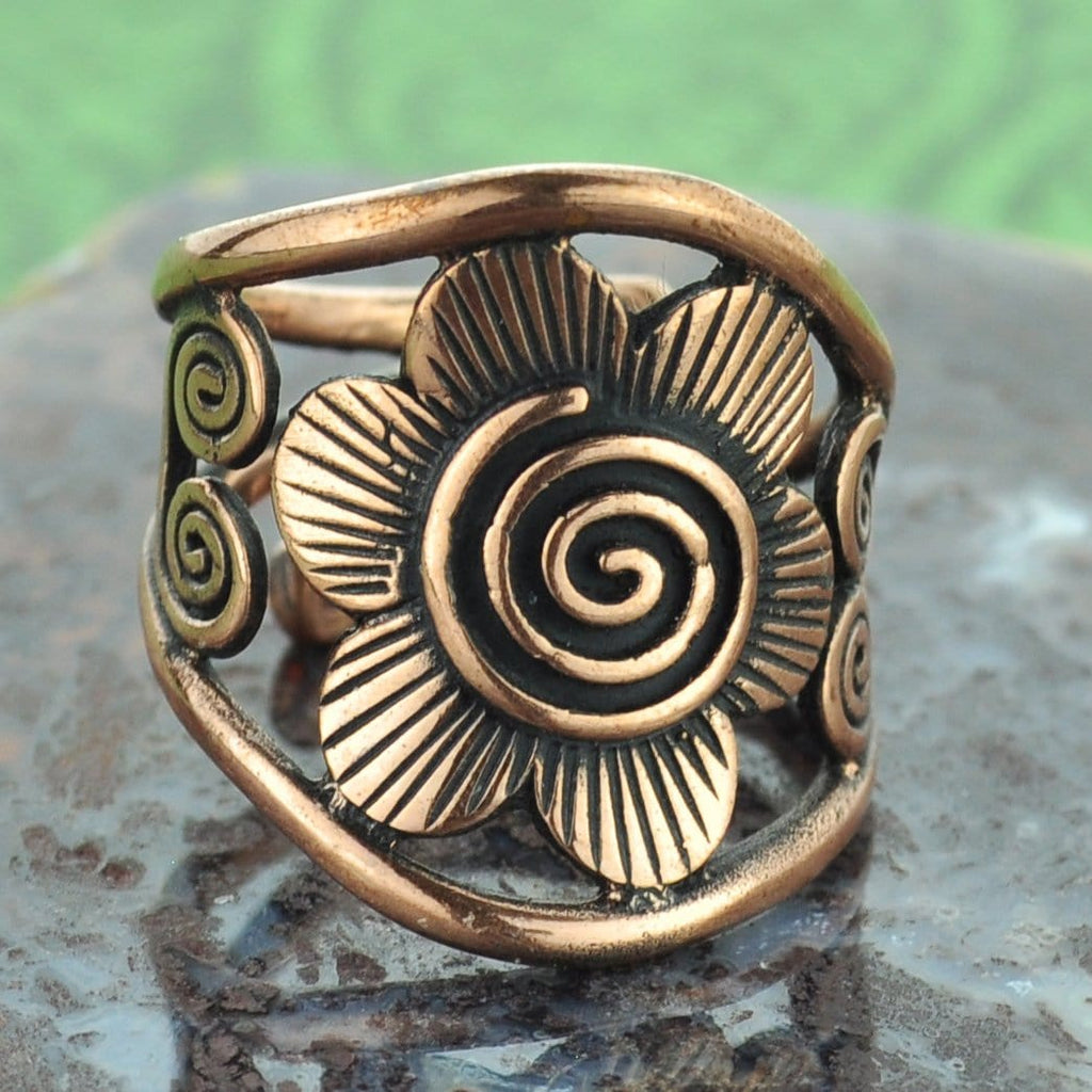 Flower with Scrolls Copper Ring